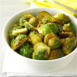 Lemon-Butter-Brussels-Sprouts_exps83381_TH143190D10_11_6bC_RMS